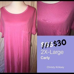 LuLaRoe Plus Size. Pink Carley. Slinky material.